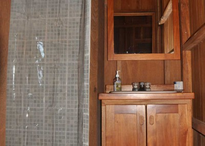 Sabal_Beach_Belize_Cabana_Bathroom