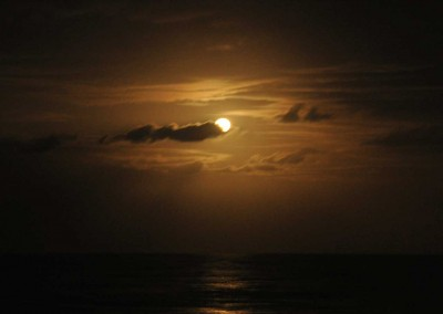 Sabal_Beach_Belize_Full_Moon