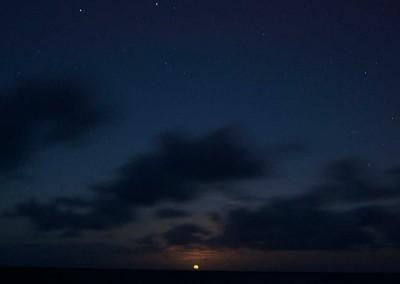 Sabal_Beach_Belize_Full_Moon_Rising